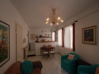 1 bedroom Apartment with Central Heating in Venezia - Venezia vacation rentals