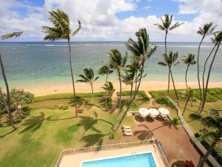 Penthouse Paradise; beachfront 3 bedroom, sleeps 8 - Hauula vacation rentals