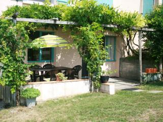 Cottage Bourg - Molieres vacation rentals