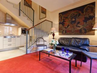 Santa Cruz III-Right in the heart of Seville - Seville vacation rentals