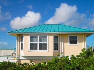 1 bedroom Cottage with Internet Access in Conch Bar - Conch Bar vacation rentals