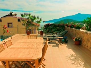 4 Bedroom Villa Near Town in Kalkan (FREE CAR OR TRANSFER) - Kalkan vacation rentals