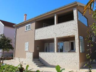 Nice 3 bedroom Vacation Rental in Zadar - Zadar vacation rentals