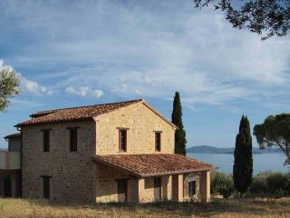 Beautiful Condo with Deck and Internet Access - Passignano Sul Trasimeno vacation rentals
