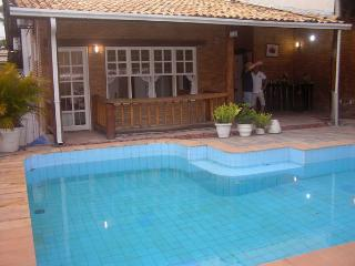 Great 3 bed house with swimming pool in Salvador - Salvador vacation rentals