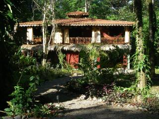 Angler's Lair--A little slice of heaven - Puerto Viejo de Talamanca vacation rentals