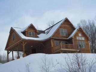 Grafton Cabin - Grafton Notch w/stunning views! - Newry vacation rentals