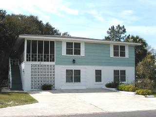 #17 13th Street - Upstairs - Less than a Block from the Beach - FREE Wi-Fi - Georgia Coast vacation rentals