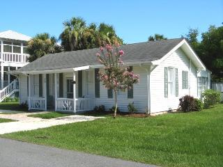 #403 13th Street - A Perfect Family Get-a-Way with Pool and Patio - FREE Wi-Fi - Tybee Island vacation rentals