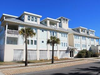 Captains Watch - Unit 15 - One Block from the Beach - Close to Shops - Swimming Pool - FREE Wi-Fi - Tybee Island vacation rentals