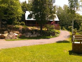 Chalets en Estrie (Eastern Township) - Bolton-Est vacation rentals