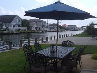 Fenwick Island Waterfront 3BR Home, Bay access - Selbyville vacation rentals