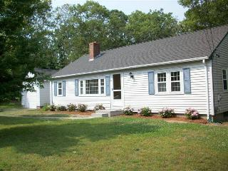 3 bedroom House with Deck in Dennis - Dennis vacation rentals