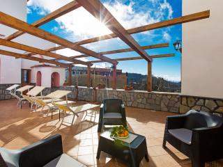 Bright 1 bedroom apartment on Sorrento Coast - Vico Equense vacation rentals