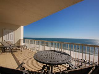 Gorgeous House with Deck and Internet Access - Gulf Shores vacation rentals