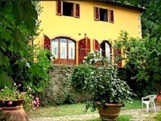 Casa Sonetto B - Pescia vacation rentals