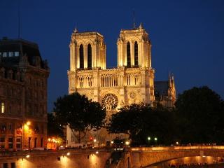Studio Notre Dame - Paris vacation rentals