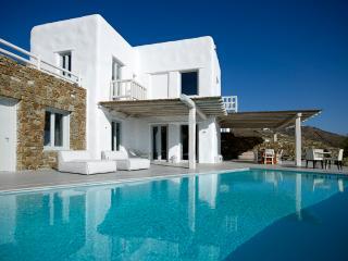 Luxury villa in Houlakia, Mykonos - Mykonos vacation rentals