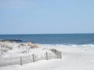 Tropical Beach & Golf  Home 50 Minutes From NYC - Long Beach vacation rentals