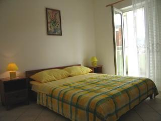 Cozy Apartment with Television and Balcony - Pag vacation rentals