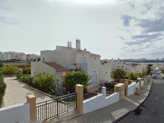 3 bedroom Condo with Satellite Or Cable TV in Ferragudo - Ferragudo vacation rentals