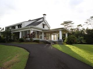 The Hilo House at Reed's Island - Honomu vacation rentals