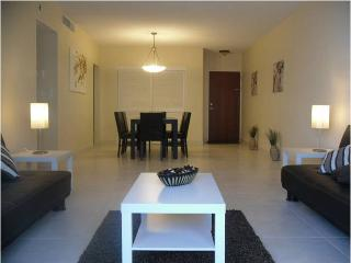 Hollywood Beach Excellent Apartment - Hollywood vacation rentals