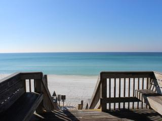 Beach side of 30A with  super easy beach access! - Santa Rosa Beach vacation rentals