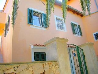 Perfect Condo with Internet Access and A/C - Mali Losinj vacation rentals