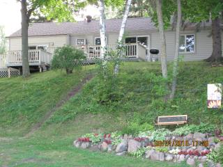 Nice Cabin with Deck and Internet Access - Cushing vacation rentals