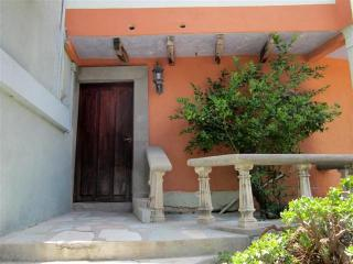 Park View  4 Bedroom House at Qunita Zaragoza - Mineral de Pozos vacation rentals