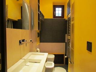 CR112hFlorence - Apartment Tecno - Florence vacation rentals