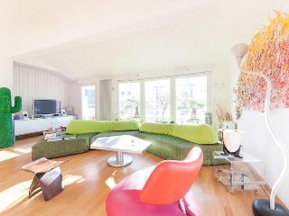 Paris Apartment at Rue du Charolais - Joinville-le-Pont vacation rentals