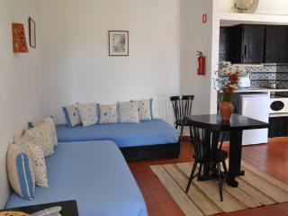 STUDIO FOR 2 IN A RESORT DEDICATED TO SPORTS, NATURE AND SUN NEAR CABANAS, TAVIRA - NEXT TO THE RIA FORMOSA - REF. PDR134222 - Tavira vacation rentals