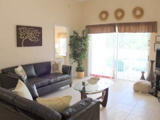 5 Bedroom 4 Bath Pool Home In Clear Creek, Clermont. 909CCC - Orlando vacation rentals
