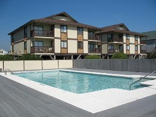 3 bedroom Apartment with Internet Access in Ocean Isle Beach - Ocean Isle Beach vacation rentals