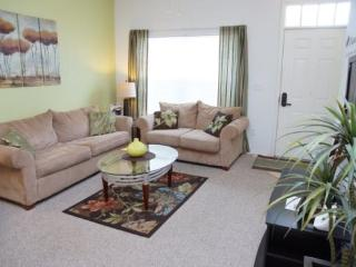 3 Bedroom Townhome In The Villas At Seven Dwarfs In Kissimmee. 2602LC-104 - Orlando vacation rentals