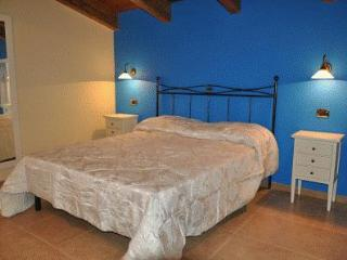 Bright 4 bedroom Bed and Breakfast in Fermo with Internet Access - Fermo vacation rentals