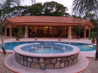 Beautiful Villa with Deck and Internet Access - Isla Gitana vacation rentals