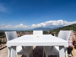 Terrazza Cathedrale, Car Unnecessary - Spoleto vacation rentals