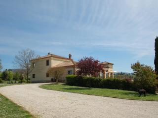 Beautiful Villa in CALVI dell' UMBRIA near Rome - Calvi dell'Umbria vacation rentals