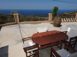 Cozy 3 bedroom Villa in Kissamos - Kissamos vacation rentals