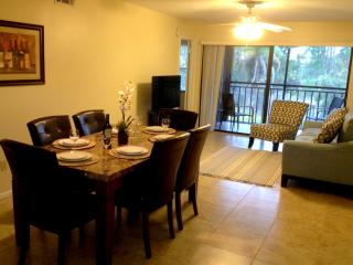 Orlando / Gated Golf Community / Ventura / 2 Bed/ - Orlando vacation rentals