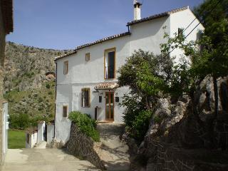 Small B&B in Montejaque near Ronda in Andalucia - Prado del Rey vacation rentals