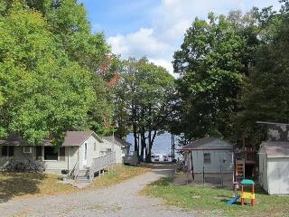 Nice 2 bedroom Cabin in Cushing - Cushing vacation rentals