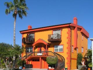 Siesta Key Deluxe Townhouse & Garden Apt (4 BR's) - Siesta Key vacation rentals