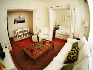 Central Clean Safe Taksim Center - Istanbul vacation rentals
