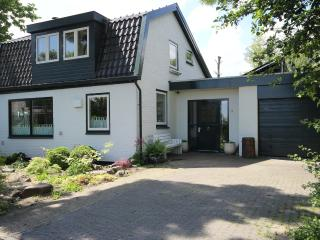Where Els: Holiday home for groups near Amsterdam - Assendelft vacation rentals