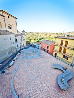 House in Medioeval Town sleeps 10 people - Lanciano vacation rentals