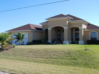 Waterfront House Bermuda with Pool and Spa - Cape Coral vacation rentals
